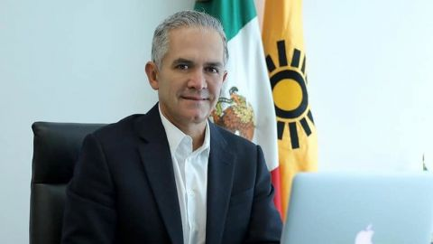 Diputada solicita desafuero de Miguel Ángel Mancera por L12