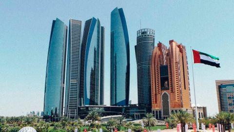 Abu Dhabi pondrá fin a la cuarentena para todos los visitantes internacionales