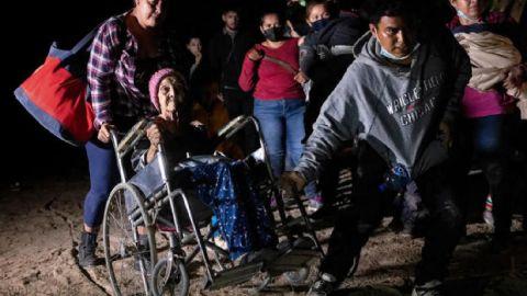 Muere en México mujer de 93 años que cruzó a EE.UU. en silla de ruedas