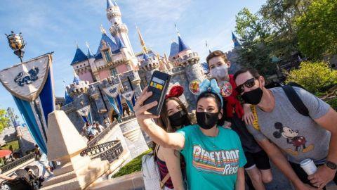 ¿Viajes a Disneyland y bodas soñadas en Napa? California lo paga por ti