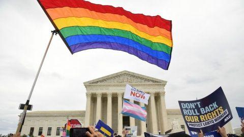 Arzobispo en Croacia pide perdón a la comunidad homosexual