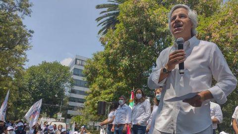 Claudio X. González llama a mandar a Morena ''al carajo''