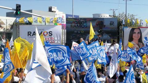 Al grito de 'fuera Morena', se unen en cierre de campaña de Va por Tijuana