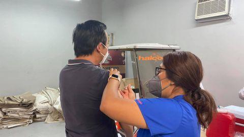 Sigue vacunación anti-covid 19 en Tijuana y Rosarito