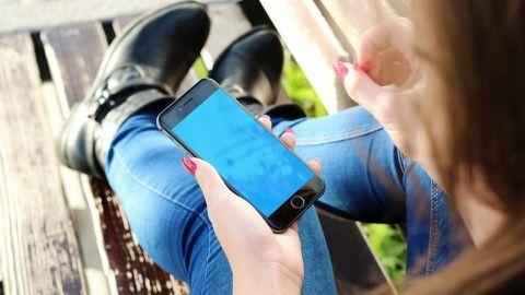 Apple indemniza a mujer por fotos sexuales extraídas de su iPhone