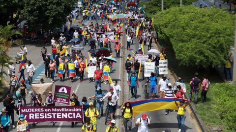 Manifestaciones disminuyen intensidad en Colombia, daños a la economía aumetan