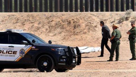Joven mexicano muere tras caer 10 metros al intentar cruzar el muro fronterizo