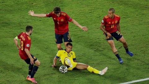 España iguala 0-0 ante Suecia en la Eurocopa