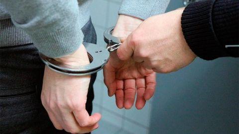 Menor es detenido por presuntamente agredir sexualmente a su mamá