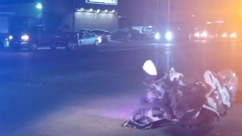 Chocan a motociclista de la Policía Municipal de Rosarito