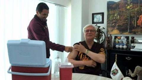 Jaime Bonilla fue vacunado