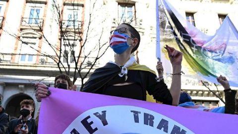 Cambio de sexo desde los 14 años: España aprueba la ''Ley Trans''