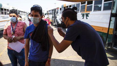 El viernes llegarían 80 mil dosis de vacunación a Baja California