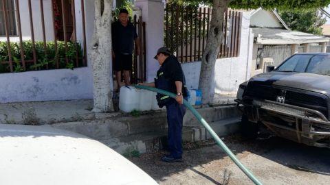 CESPT entrega agua a domicilio a través de pipas