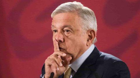 'No fue patito':Ordena AMLO transparentar encuesta que lo mantiene de presidente