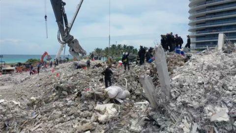 Asciende a 36 cifra de muertos por colapso de edificio en Miami