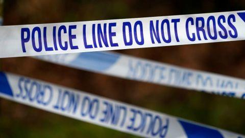 Condenan a cadena perpetua a expolicía que robó y mató a pareja para pagar viaje