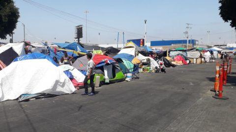 Migrantes rechazan cruzar ilegalmente por falta de dinero