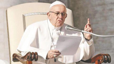 Papa Francisco sale del hospital diez días después de su operación de colon