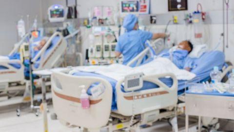 33 pacientes intubados por COVID-19 sin esquema completo de vacunación