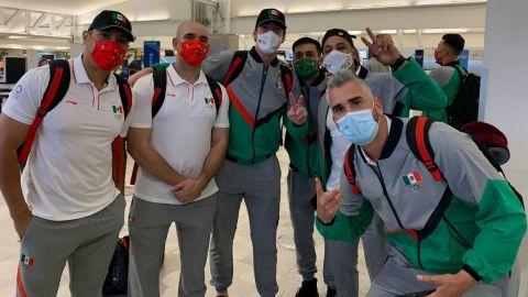 Selección mexicana de béisbol voló a Tokio