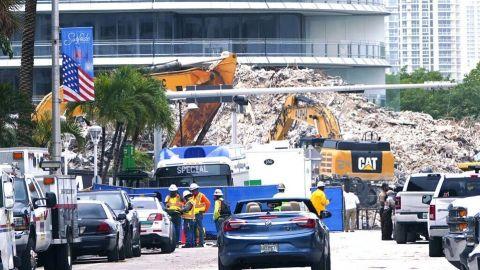 Finaliza búsqueda de cuerpos en edificio residencial colapsado en Miami