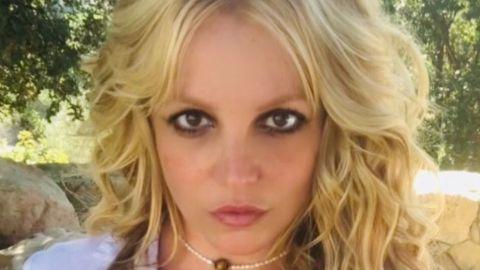 Britney Spears 'enciende' Instagram al posar topless