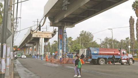 Slim 'se portó a la altura'; reparará tramo de Línea 12 sin cargo al erario:AMLO