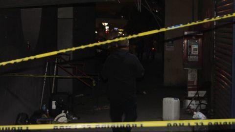 Comerciante es atacado debajo del puente de 5 y 10; muere en la ambulancia