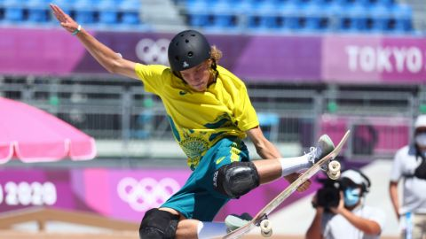 El australiano Palmer, de 18 años, ganó el oro en Skateboarding Park masculino