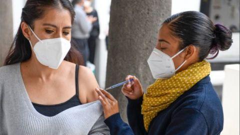Costarán más seguros de salud a no vacunados