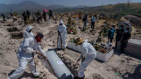 México suma 7 mil 573 casos de Covid-19; llega a 244 mil 420 muertes