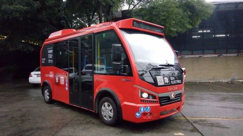 Presentan a 'Metrobusito' en la Ciudad de México, unidad 100% eléctrica