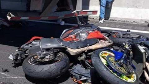 ⚠️🔞🎥 Carreritas terminan en muerte, 13 motociclistas no pudieron frenar