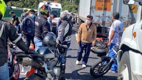 Con el rugir de sus motos despiden a chica biker que falleció en accidente