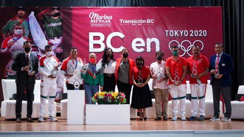 Marina del Pilar se reúne con atletas olímpicos bajacalifornianos