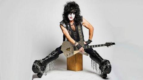 Paul Stanley de Kiss positivo a COVID-19, posponen tour 2021