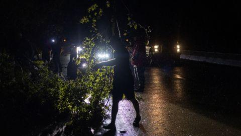 Huracán 'Ida' traza un camino de destrucción a través de Luisiana
