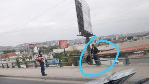 ⚠️ Última hora: Amenaza con lanzarse del puente del bulevar Lázaro Cárdenas