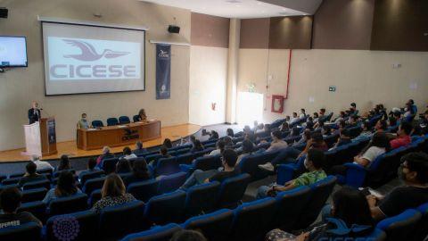 Dan la bienvenida a 183 alumnos de posgrados del CICESE