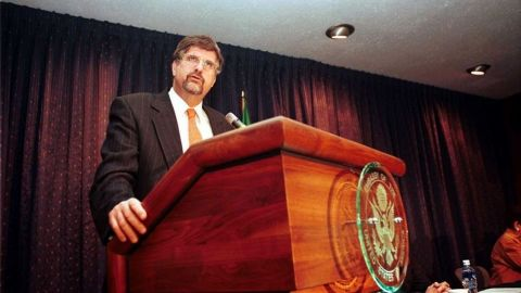 """México titubeó ante ataques terroristas contra EU del 11-S"": Jeffrey Davidow"
