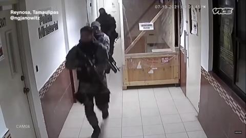 VIDEO: Así fue como un comando armado rescató a un miembro del Cártel del Golfo