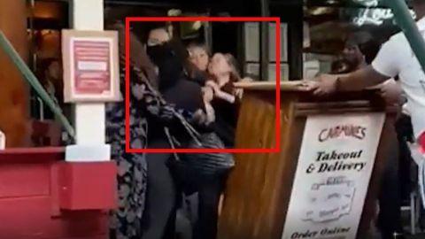 Tras pedir comprobante de vacunación, clientes golpean a empleada de restaurante
