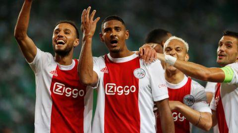 Ajax con Edson Álvarez propina goleada de 9 anotaciones al Camburr