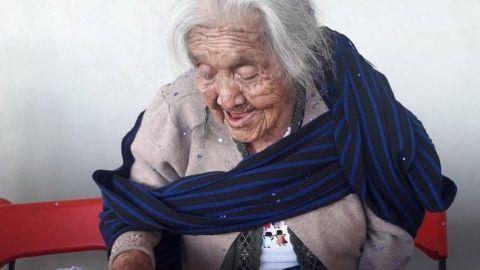 ¿Le cantaron 'Recuérdame'? Mamá Coco celebra cumpleaños 108 en Michoacán