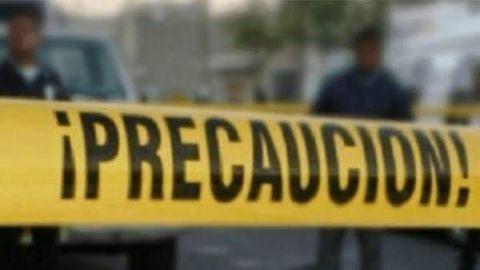 Ejecutan mujer, la abandonaron con narcomensaje en Villafontana