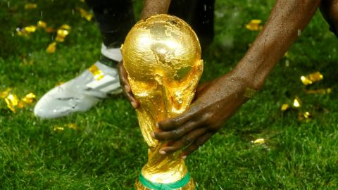 UEFA insta a la FIFA a dejar de impulsar su plan de un Mundial cada dos años