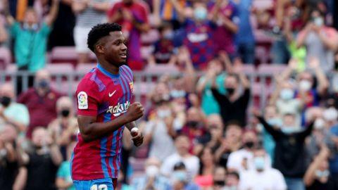 Barcelona respira en LaLiga y afición aclama el regreso de Ansu Fati