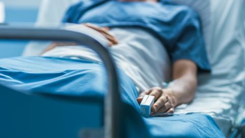 Un centenar de personas hospitalizadas por no vacunarse contra Covid-19