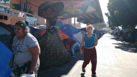 Migrantes hondureños buscan establecerse en Tijuana